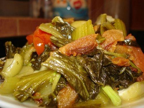 Món ngon mỗi ngày: Dưa chua xào tóp mỡ ngon xuýt xoa cho ngày lạnh - Ảnh 3