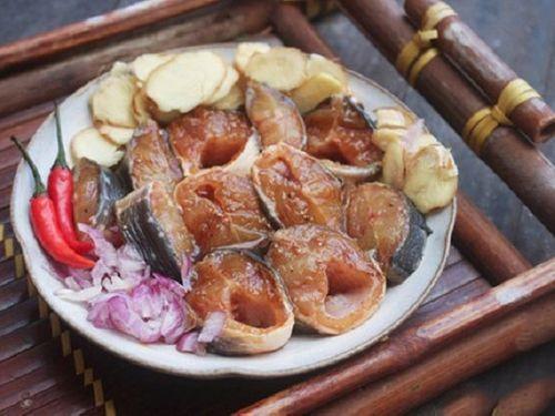 Món ngon mỗi ngày: Cá trê kho gừng thơm ngon, ấm bụng ngày trở gió - Ảnh 2