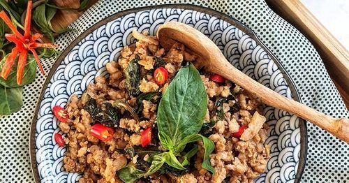 Món ngon mỗi ngày: Thịt heo băm xào theo cách này ăn mãi không chán - Ảnh 4