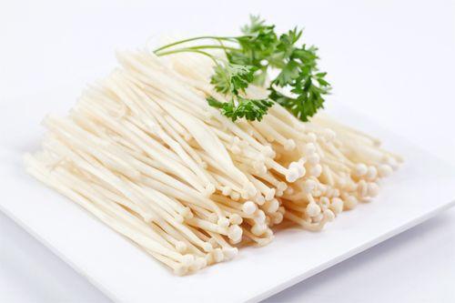 Món ngon mỗi ngày: Nấm hấp xì dầu cho mâm cỗ ngày rằm tháng Giêng thêm hấp dẫn - Ảnh 2