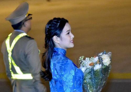 Nữ sinh vinh dự tặng hoa cho Tổng thống Donald Trump tối 26/2 là ai? - Ảnh 1