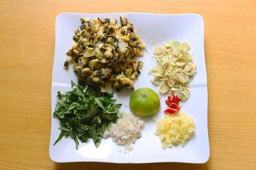 Món ngon mỗi ngày: Chả ốc lá lốt giòn rụm cho bữa tối - Ảnh 2