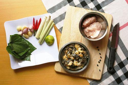 Món ngon mỗi ngày: Chả ốc lá lốt giòn rụm cho bữa tối - Ảnh 1