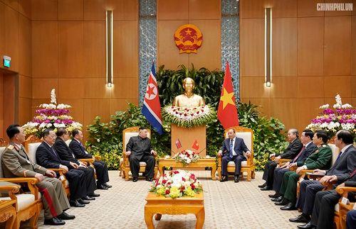 Thủ tướng Chính phủ Nguyễn Xuân Phúc tiếp Chủ tịch Kim Jong Un - Ảnh 8