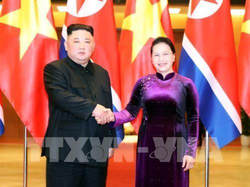 Chủ tịch Quốc hội Nguyễn Thị Kim Ngân hội kiến với Chủ tịch Triều Tiên Kim Jong-un - Ảnh 1