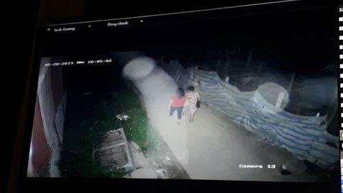 Vụ người phụ nữ đi tập thể dục bị sát hại: Trích xuất camera thời điểm trước khi xảy ra sự việc - Ảnh 1