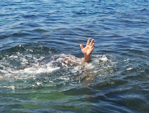 Từ vụ 8 học sinh chết đuối trên sông Đà: Làm gì để tránh những bi kịch đau lòng? - Ảnh 1