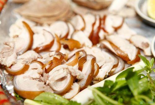 Món ngon mỗi ngày: Lạ miệng với thịt heo hấp hành gừng nóng hổi ngày lạnh trời - Ảnh 4
