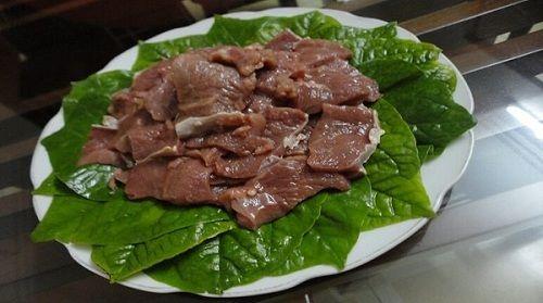 Món ngon mỗi ngày: Thịt bò xào lá lốt ngon không thể chối từ - Ảnh 1