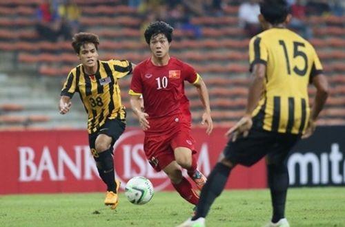 """Làm sao để mua vé trận Việt Nam gặp Malaysia khi đã """"cháy vé"""" online? - Ảnh 1"""