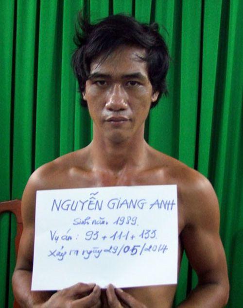 Nguyễn Giang Anh lúc mới bị bắt.