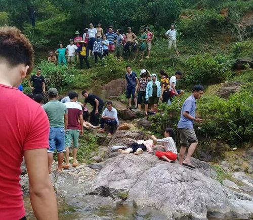 Thái Nguyên: Đi dã ngoại, 2 nữ du khách trượt chân chết đuối - Ảnh 1