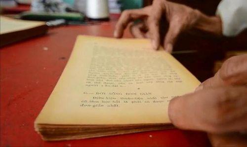 """Gặp """"dị nhân"""" lưu giữ giá trị xưa cũ trong những trang sách quý - Ảnh 2"""