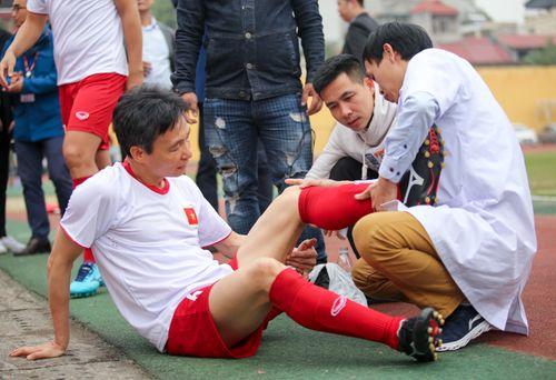 Phó Thủ tướng Vũ Đức Đam ghi 2 bàn trong trận bóng giao hữu với nghị sĩ Hàn Quốc - Ảnh 5
