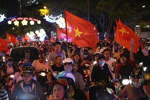 Nhìn lại một năm đại cát của bóng đá Việt Nam - Ảnh 3