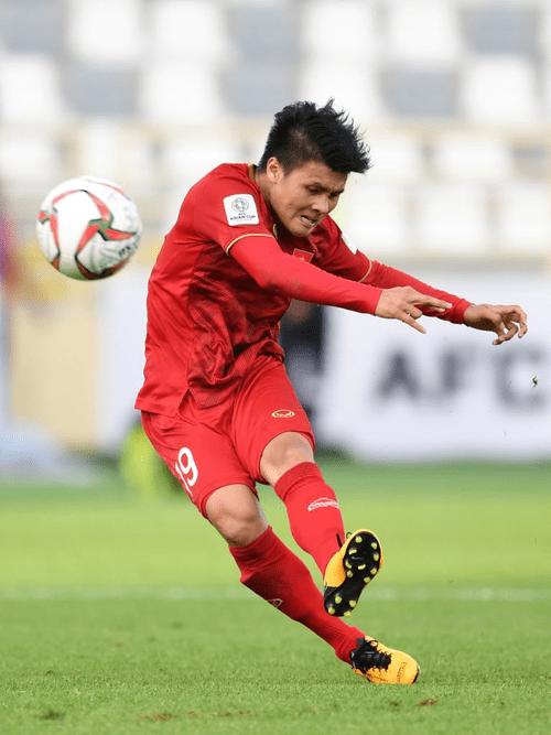 Quang Hải chiến thắng áp đảo trong tất cả cuộc bình chọn danh hiệu cá nhân tại vòng bảng Asian Cup 2019 - Ảnh 2
