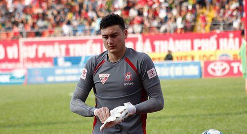 CLB Muangthong United không tiếc tiền chiêu mộ thủ môn Đặng Văn Lâm giàu tới cỡ nào? - Ảnh 3