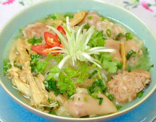 Những món ngon ngày Tết không thể thiếu trong mâm cơm của người Việt - Ảnh 7