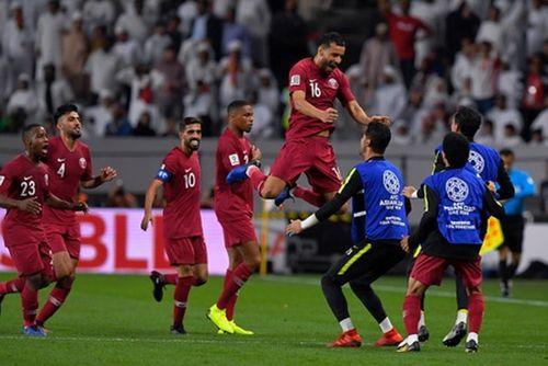 Truyền thông châu Á ngỡ ngàng trước chiến thắng áp đảo của Qatar - Ảnh 1