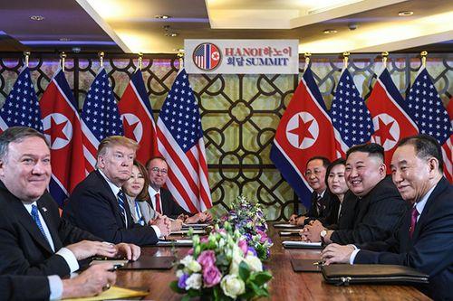 Hình ảnh ghi dấu ấn của Tổng thống Trump và Chủ tịch Kim Jong-un tại Hà Nội - Ảnh 7
