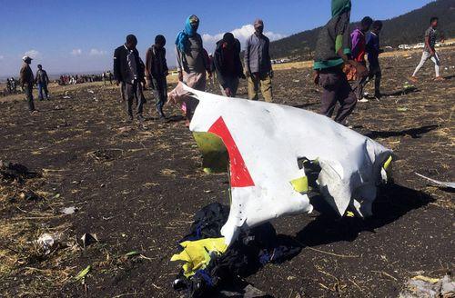 """""""Mổ xẻ"""" chiếc máy bay Boeing 737 Max-8 khiến 326 người chết trong 4 tháng - Ảnh 1"""