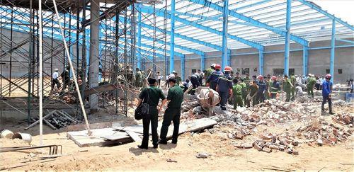 Vụ sập tường 6 người tử vong ở Vĩnh Long: Công ty xây dựng lên tiếng - Ảnh 2