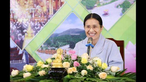 Bác sĩ lên tiếng về phương pháp chữa đau lưng bằng vỗ dầu hỏa của cô Yến chùa Ba Vàng - Ảnh 2