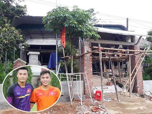 """Cận cảnh loạt quà tặng """"khủng"""" của các tuyển thủ Việt Nam cho gia đình sau 1 năm thành công - Ảnh 4"""