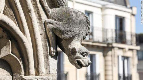 """Những """"bảo vật vô giá"""" bên trong Nhà thờ Đức Bà Paris  - Ảnh 7"""