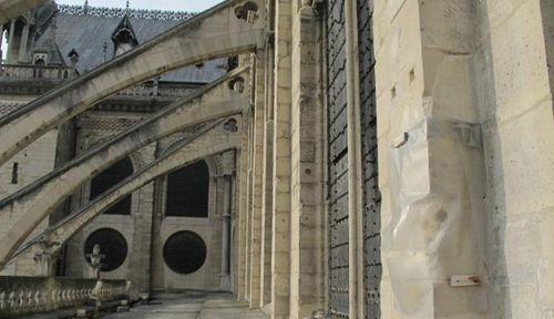 """Những """"bảo vật vô giá"""" bên trong Nhà thờ Đức Bà Paris  - Ảnh 8"""
