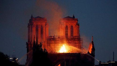 Chuyên gia xác định nguyên nhân gây ra vụ cháy Nhà thờ Đức Bà Paris? - Ảnh 1