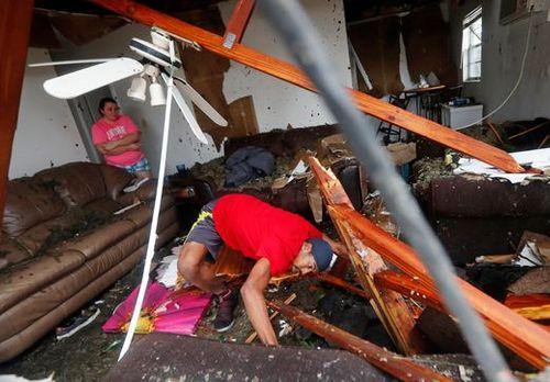 """Chùm ảnh: Cơn bão """"quái vật"""" lớn nhất thế kỷ tàn phá miền nam nước Mỹ - Ảnh 9"""