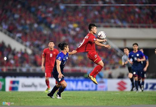 """Liên tiếp bị chơi xấu, Quang Hải vẫn khiến đối thủ phải """"ăn trái đắng"""" - Ảnh 2"""