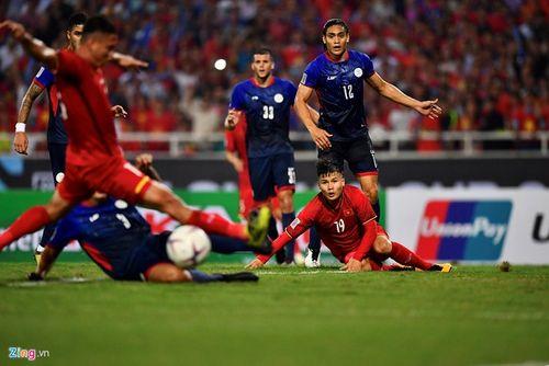 """Liên tiếp bị chơi xấu, Quang Hải vẫn khiến đối thủ phải """"ăn trái đắng"""" - Ảnh 3"""
