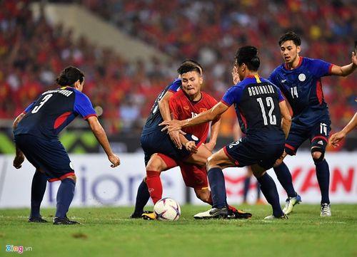 """Liên tiếp bị chơi xấu, Quang Hải vẫn khiến đối thủ phải """"ăn trái đắng"""" - Ảnh 4"""