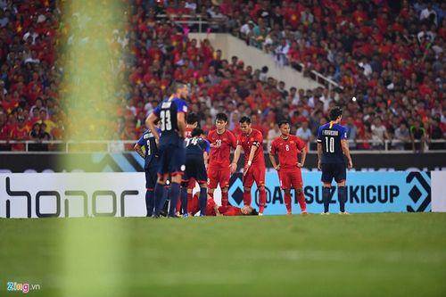 """Liên tiếp bị chơi xấu, Quang Hải vẫn khiến đối thủ phải """"ăn trái đắng"""" - Ảnh 5"""
