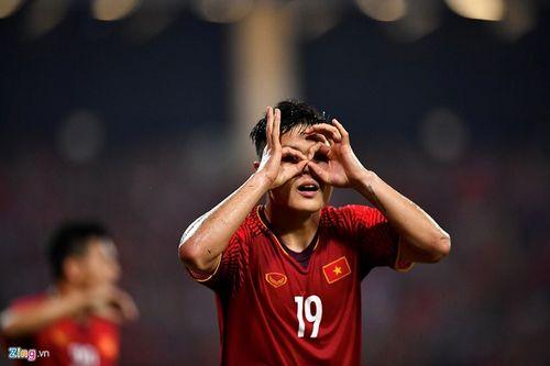 """Liên tiếp bị chơi xấu, Quang Hải vẫn khiến đối thủ phải """"ăn trái đắng"""" - Ảnh 7"""