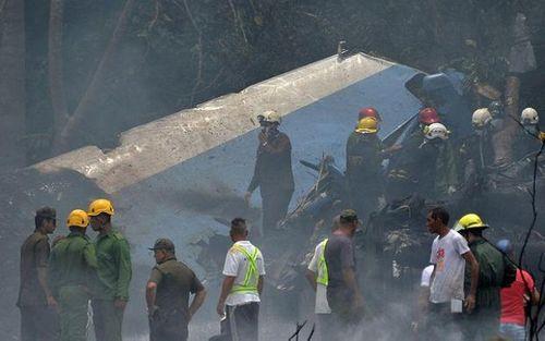 Ngổn ngang mảnh vụn vụ rơi máy bay ở Cuba khiến hơn 100 người thiệt mạng - Ảnh 2