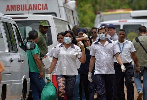 Ngổn ngang mảnh vụn vụ rơi máy bay ở Cuba khiến hơn 100 người thiệt mạng - Ảnh 6