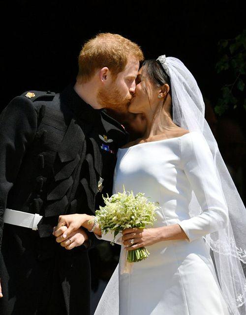 Xúc động khoảnh khắc Hoàng tử Harry rơi nước mắt trong hôn lễ  - Ảnh 3