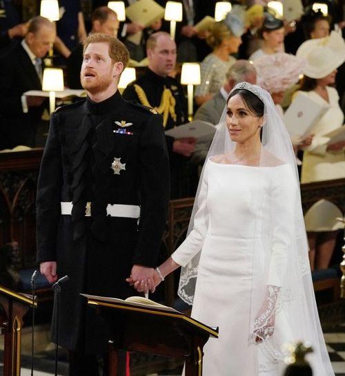 Xúc động khoảnh khắc Hoàng tử Harry rơi nước mắt trong hôn lễ  - Ảnh 1
