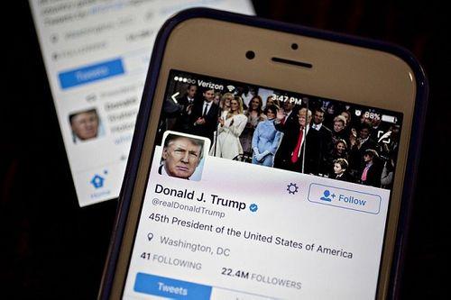 Tòa án Mỹ: Tổng thống Trump không có quyền chặn người khác trên Twitter - Ảnh 1