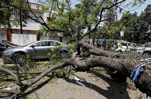 Ấn Độ: Mưa bão khiến hơn 30 người thiệt mạng - Ảnh 1