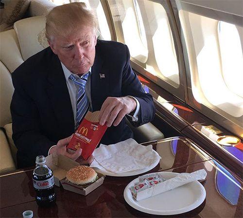 CIA: Ông Kim Jong-un muốn mở cửa hàng hamburger ở Triều Tiên - Ảnh 2