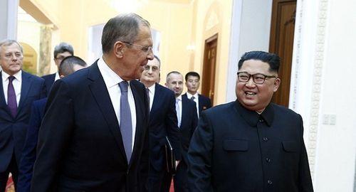 Hé lộ hình ảnh hiếm có về dinh thự riêng của nhà lãnh đạo Triều Tiên Kim Jong-un  - Ảnh 2