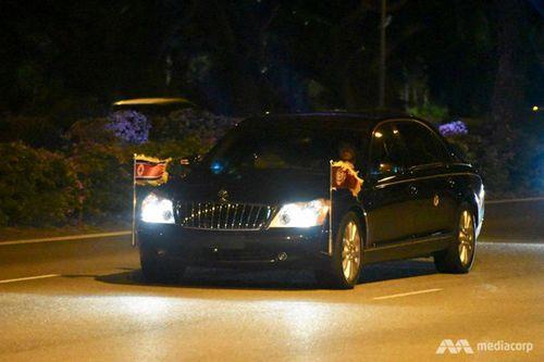 Kết thúc thượng đỉnh Mỹ-Triều, ông Kim Jong-un rời Singapore ngay trong đêm - Ảnh 6