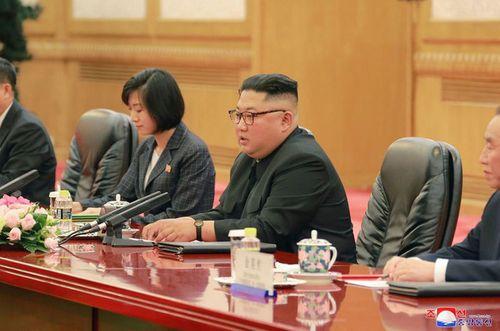 Triều Tiên công bố hình ảnh chuyến thăm Trung Quốc lần 3 của ông Kim Jong-un - Ảnh 7