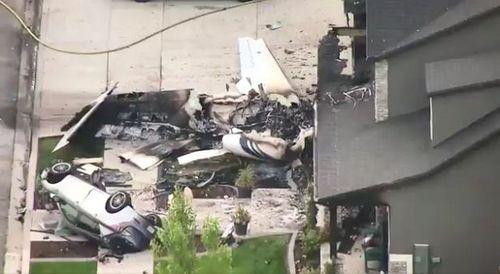 Mâu thuẫn với vợ, nam phi công Mỹ trộm máy bay lao thẳng vào nhà riêng - Ảnh 1