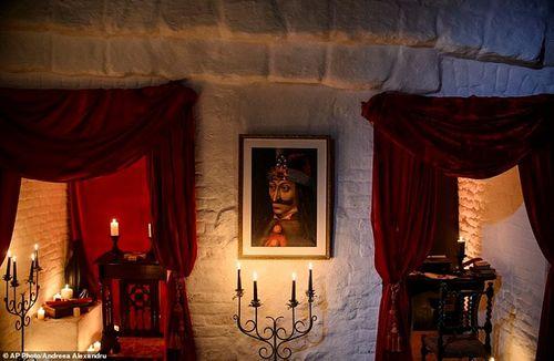 Khám phá lâu đài có thật của bá tước Dracula: Viên ngọc huyền bí tại Rumani - Ảnh 11