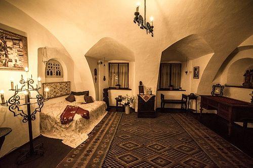 Khám phá lâu đài có thật của bá tước Dracula: Viên ngọc huyền bí tại Rumani - Ảnh 12